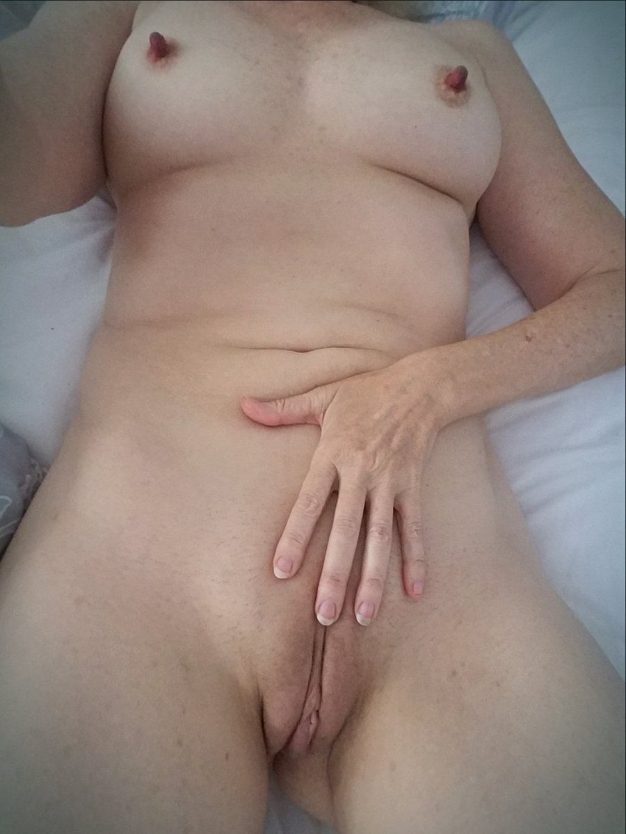 Nude Selfie 9814