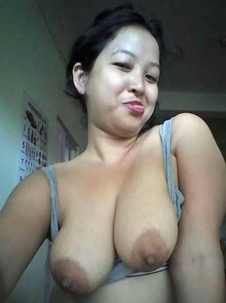 Nude Selfie 9816