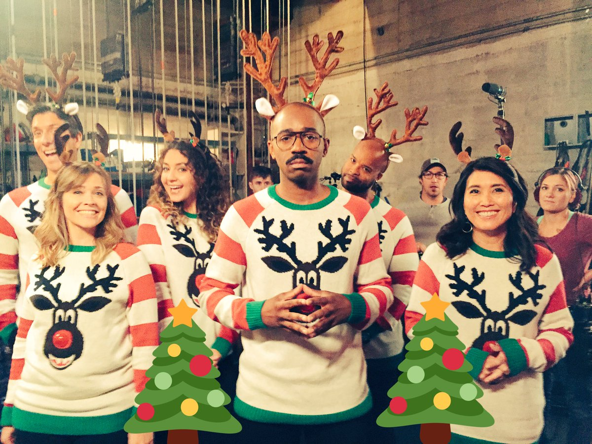 #Brooklyn99 Christmas episode tonight!! 8pm on Fox!
