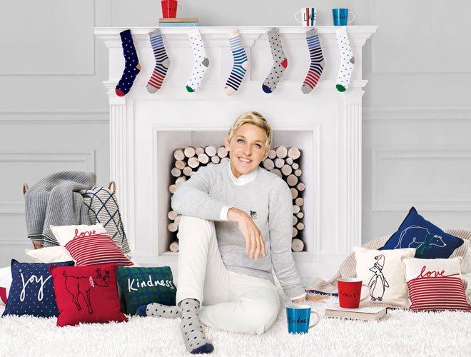 Bed Bath And Beyond Christmas Stockings.Bed Bath Beyond On Twitter 10 Hilariously Useful Holiday