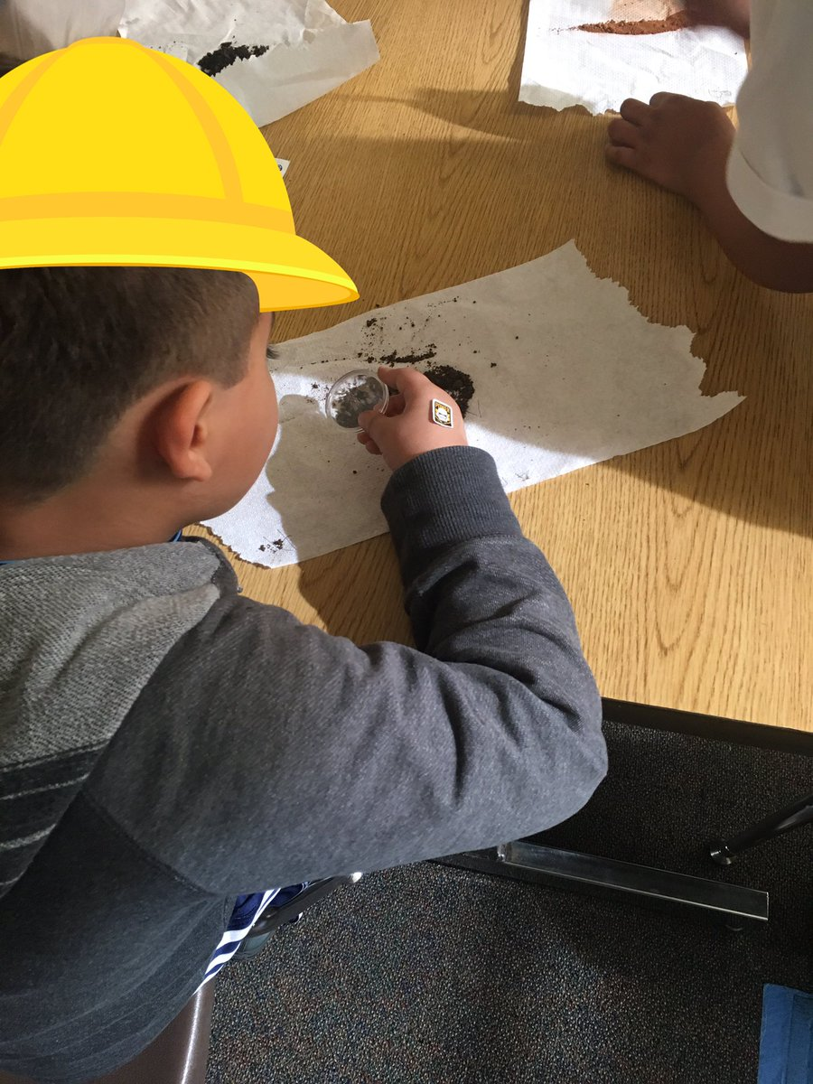 2nd grade Geologists studying different types of soil https://t.co/CiwVFrEZbT