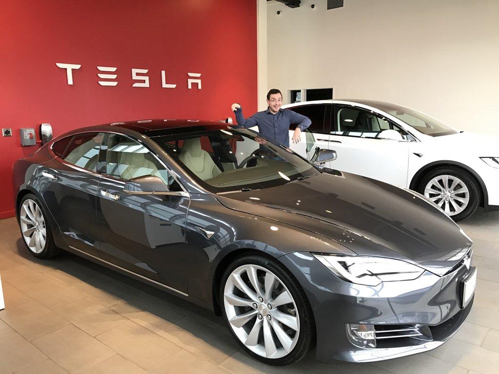 Tesla Twitter: Tesla Central (@TeslaCentral)