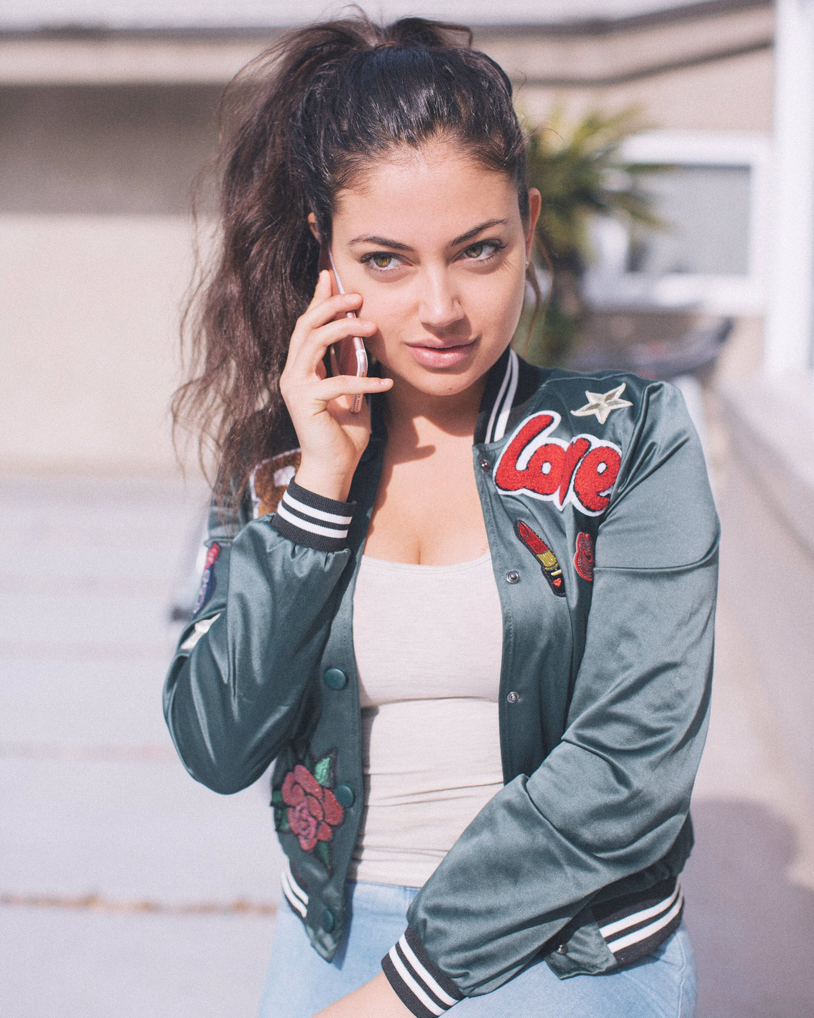 """Inanna Sarkis on Twitter: """"On the phone with my love ..."""