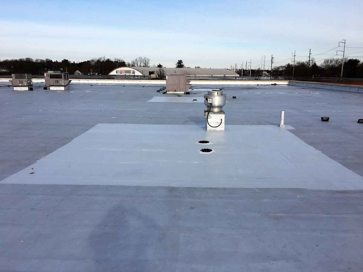 #Commercial #roof #repairs #Gaco #roof #coating Being #installed In #low  #lying #Ponding #water #areas!pic.twitter.com/9As9efwksL