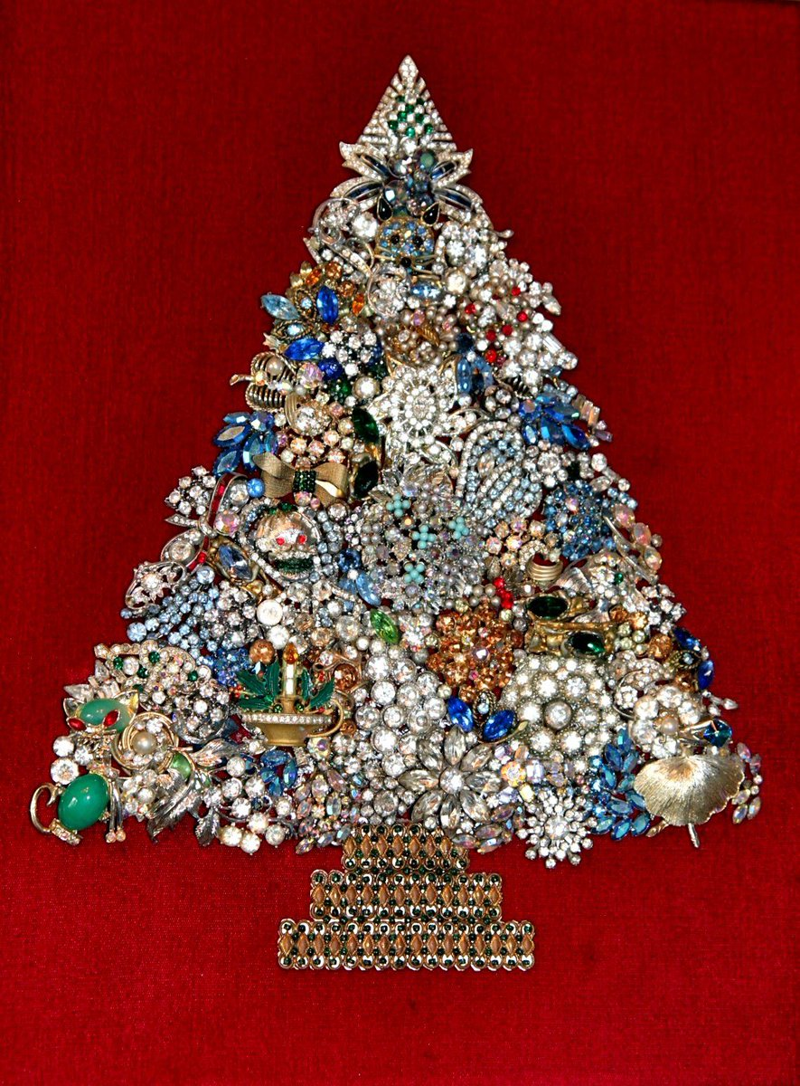 Gettv On Twitter Who Remembers Costume Jewelry Christmas Tree Art