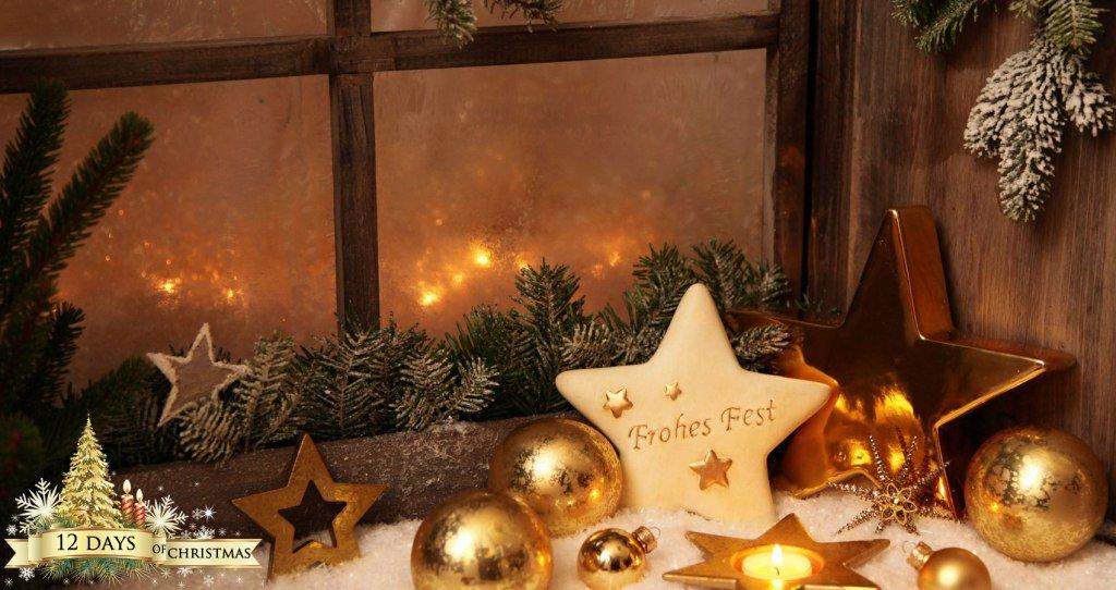 12 Days of Christmas: Holiday Time by @ViktoriaNNK #Christmas2016 #Poem https://t.co/Vri7FLnfiW