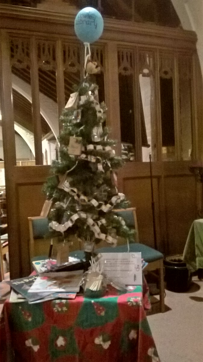 Christmas Tree Using Recycled Materials.Oxfordshirelibraries On Twitter Here Is Cowley Library S