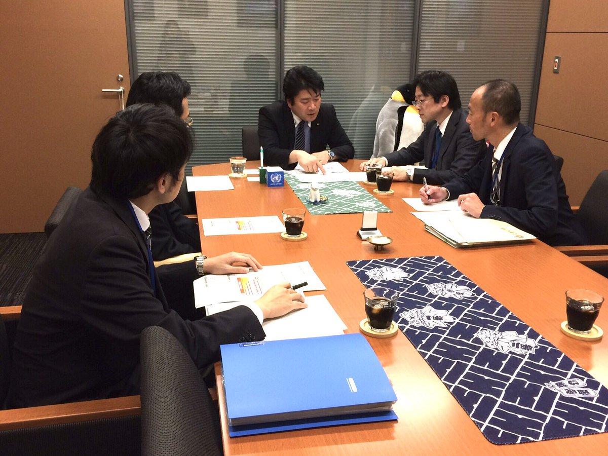 午後、全国子宮頸がんワクチン被害者連絡会の群馬県支部の黒崎京子代表から頂いた要望を受け、文科省の担当者と協議。一旦、事実関係も調査し、今後どのように対応するか検討することに。