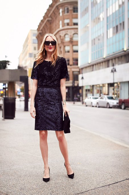 HOLIDAY STYLE WITH ANN TAYLOR