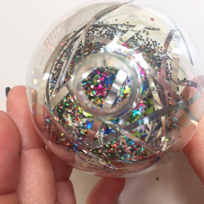 DIY Glitter Baubles