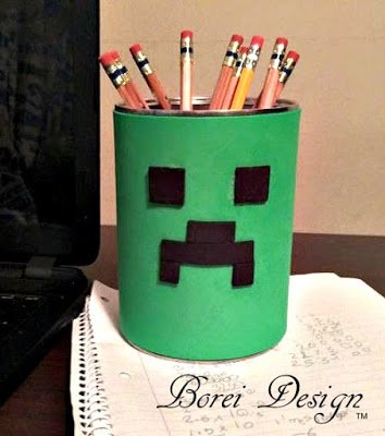 """Recycled """"Creeper"""" Can Project Every Minecraft Fan Needs"""