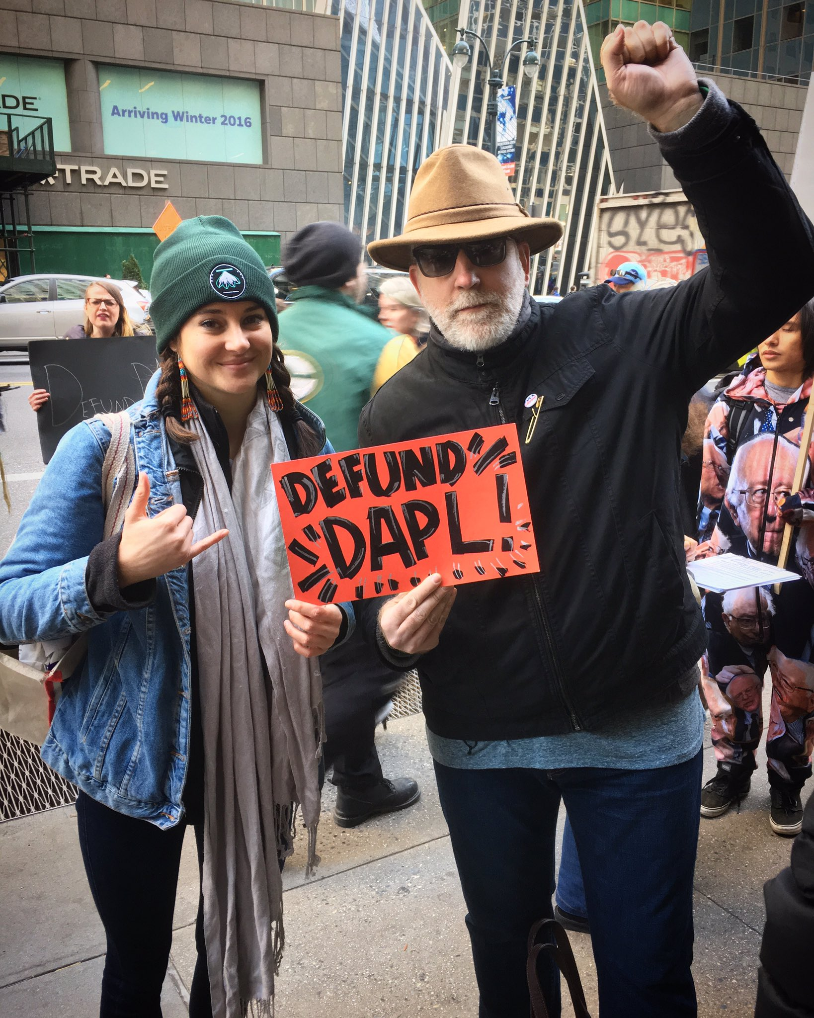 #DeFundDAPL protest outside #WellsFargo HQ in Manhattan w/ @shailenewoodley. #DivestfromDAPL #NoDAPL #MniWiconi #WaterIsLife https://t.co/hqreH2K5nm