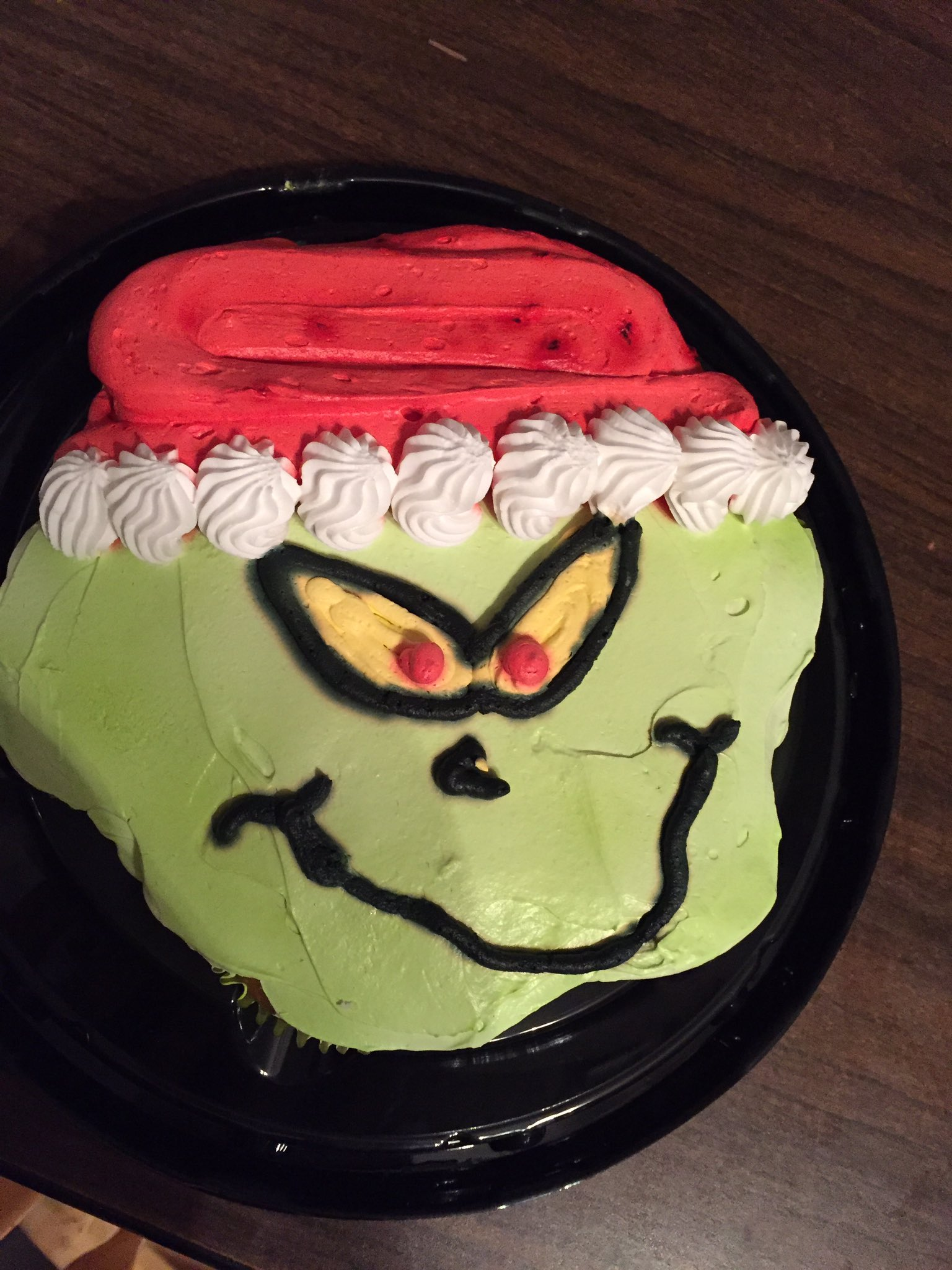 Pleasant Brandi Gutasy On Twitter Picked Up A Grinch Cupcake Cake From Personalised Birthday Cards Veneteletsinfo