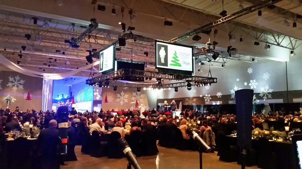 Southwest Av On Twitter A Recent Corporate Event W Stage In The Round Hd Video Stage Scenic Lighting Concert Quality Sound Avtweeps Av Https T Co Emfuurjveo