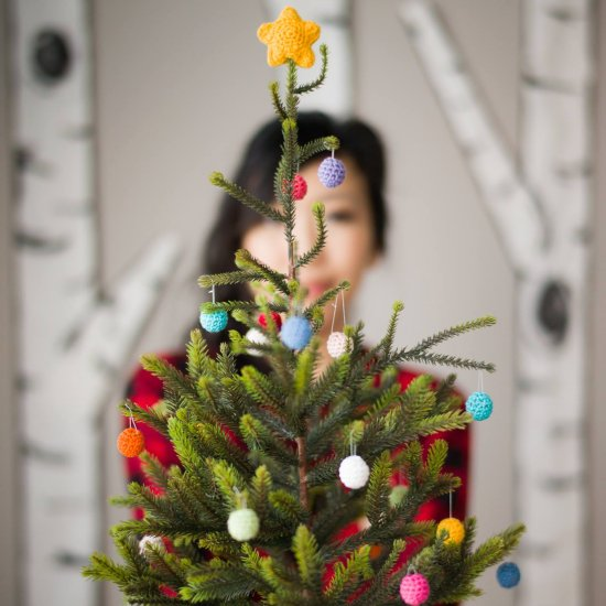 Mini Christmas Tree with Crochet