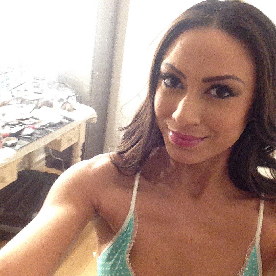 Cassie Del Isla Nude Photos 44