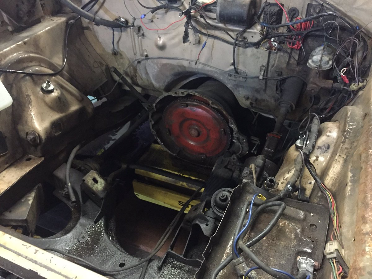 mikes musclecars on twitter 1967 dodge charger dead engine removal rh twitter com mopar engine removal dodge 6.7 engine removal