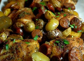 Roasted Spanish Chicken Thighs