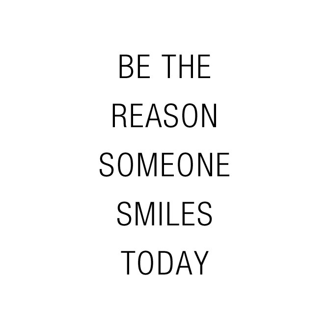 😊 😊 😊  #Smile #MondayMotivation https://t.co/GbXHqKDK7w