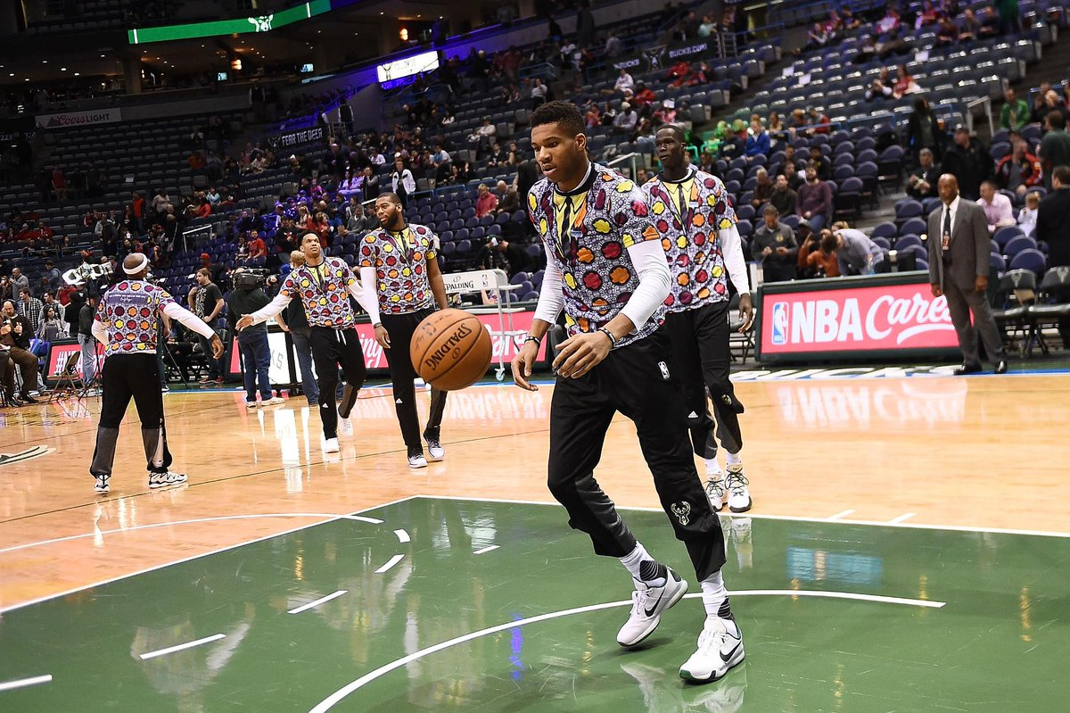 Milwaukee Bucks players wore these shirts in honor of Craig Sager during warm-ups tonight.