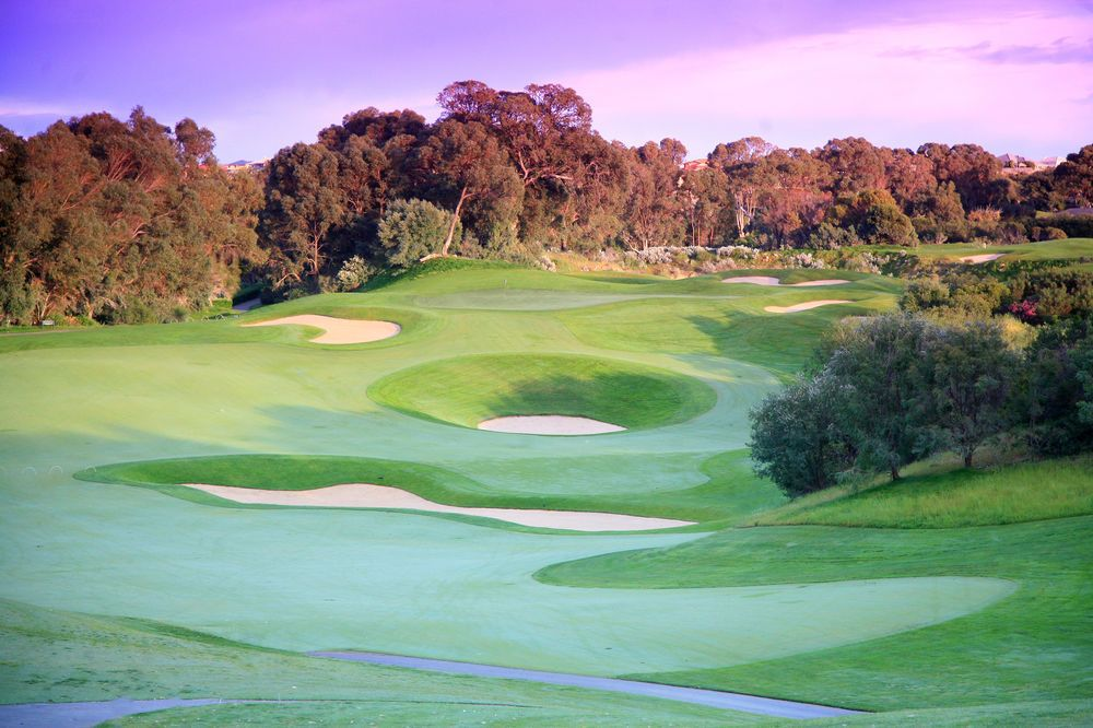 Want to know Australia's best #golf resorts? Here are our favourites... https://t.co/RtdGeywYcS https://t.co/PCgIrlSGfs