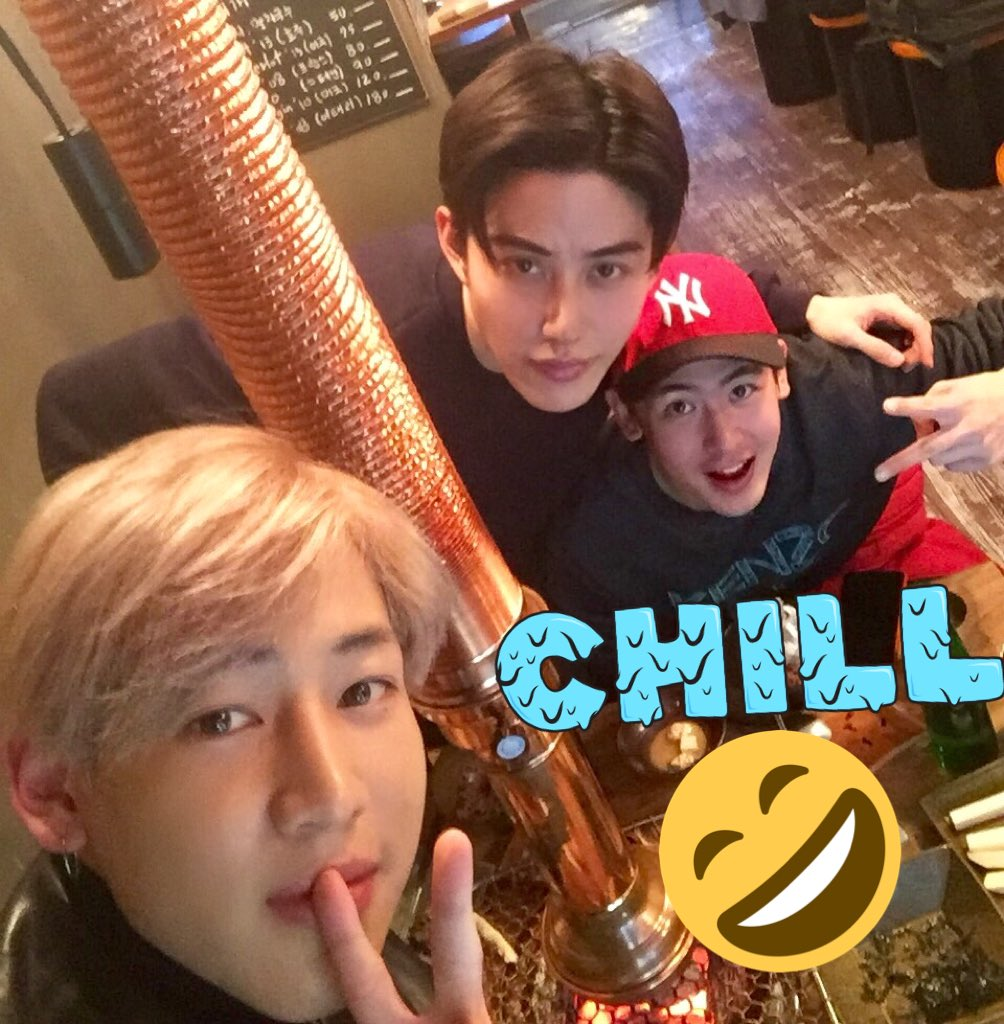 Finally! With @BamBam1A and Mike!! Great dinner! https://t.co/6oF2QK52y8
