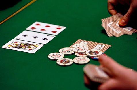 Казино покер онлайн играть в вулкан игровые автоматы