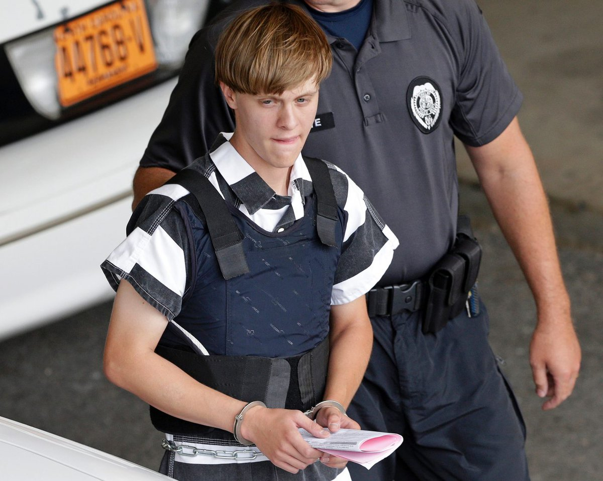 Life in prison or death only options for Dylann Roof https://t.co/0BaNbaKYF7 #Religion https://t.co/6QYtNiCVKe