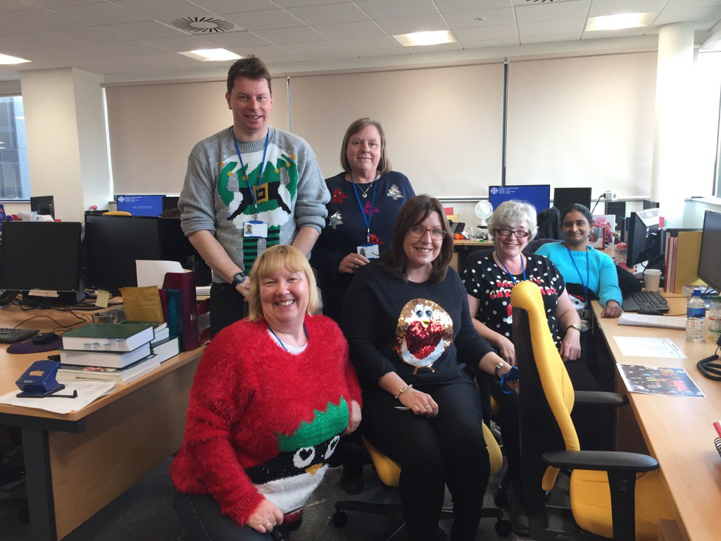 TEAMPHW taking part in #Savethechildren #Christmasjumperday @PublicHealthW https://t.co/9fu8kd59zS