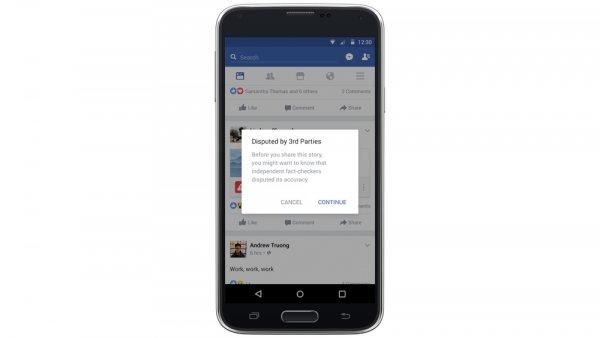 Pulsante Facebook contro le bufale: alla caccia di notizie false