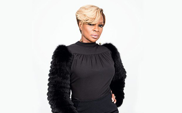 Mary J. Blige Dismisses Ex's Claims of Career Contribution https://t.co/eb0QaQdN6a https://t.co/S0WmuJi8Tm