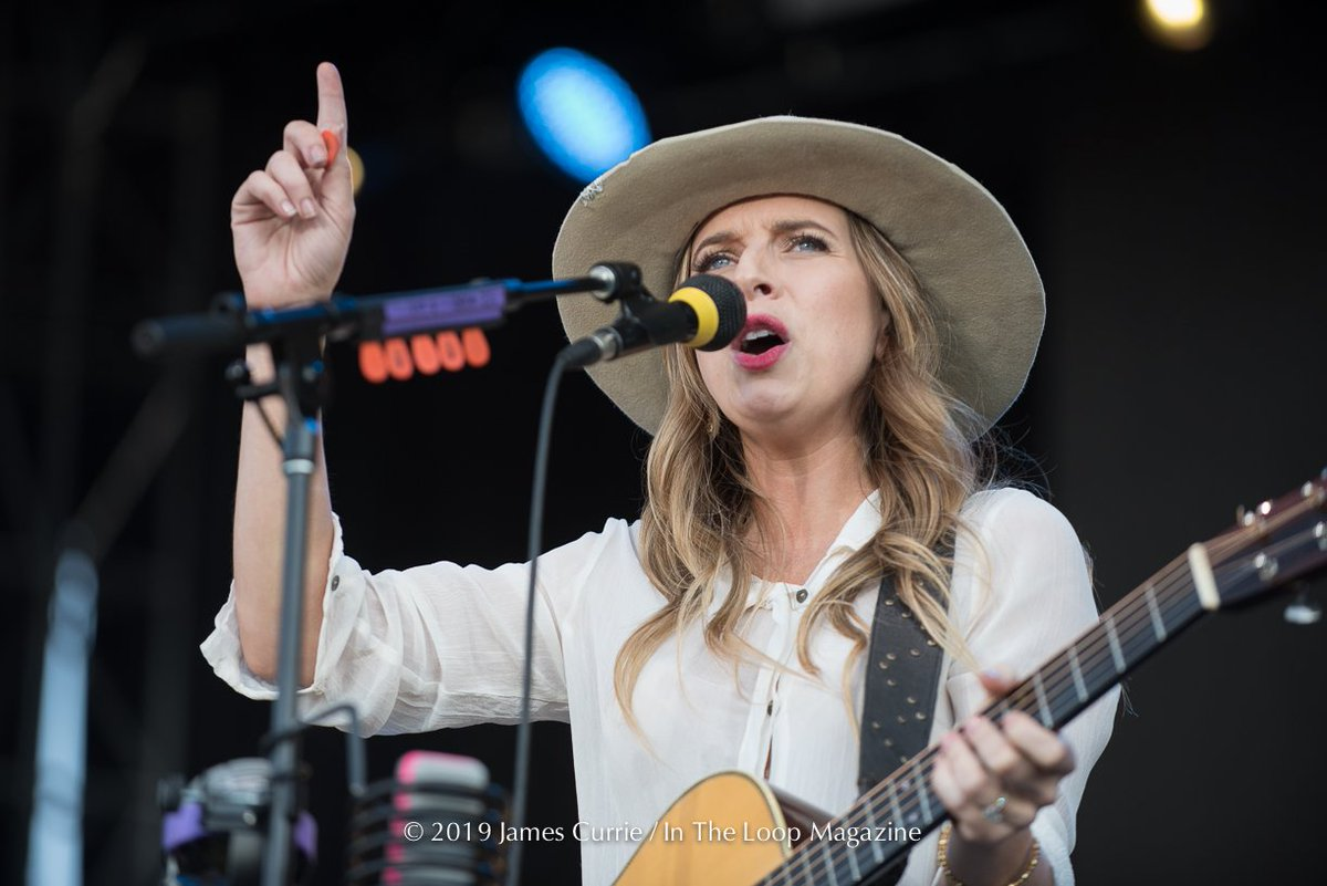Photo Gallery: @ZZWard live at @NaperRibfest 2019. #zzward #napervilleribfest #partywithapurpose #lastnightsatknoch #thestorm #ZsuzsannaEvaWard #BoardwalkEntertainmentGroup #HollywoodRecords #Triple8Management #blueeyedsoul #concertphotography https://t.co/pTtFQDuLyE https://t.co/MSP5Dg4GjD