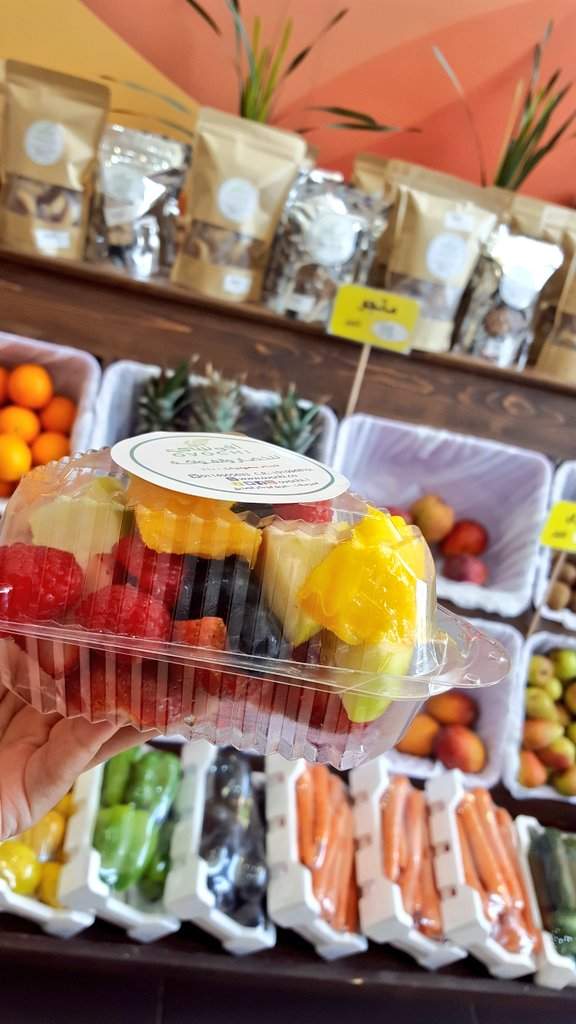 You can find this healthy+ delicious fruit salad with an  afforable price only in Ovochi 👌👌 #salad #saladsofinstagram #fruit #fruitsalad #fruits #healthyeating #healthyfood #healthybreakfast #health #healthylifestyle https://t.co/YlnSaMaq5v