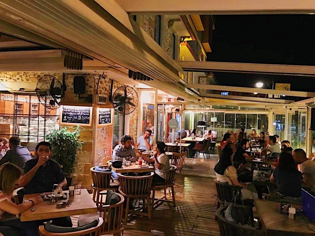 Berins cafede yaz akşamı keyfi 🌃 #cafe #bestcafeintown #summer #yazakşamı #ankara #çayyolu