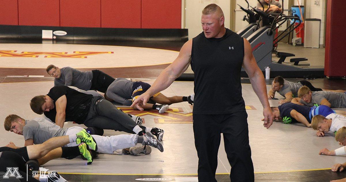 Brock Lesnar Visits University Of Minnesota Wrestling Team For Special Morning Stretch (Photos)