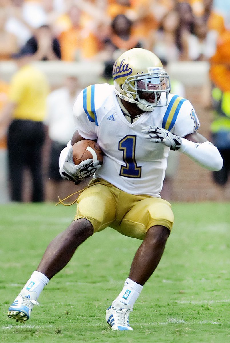 It's truly a blessing and honor to announce I have received an offer from my dream school UCLA !!! I thank god for this blessing ! #4sUp #8Clap8th 💙💛