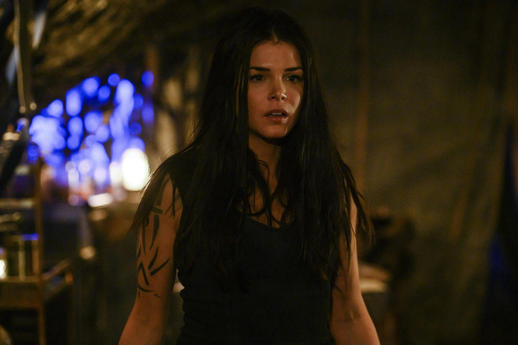 Octavia Survives the Anomaly in This The 100 Sneak Peek | TV Guide bit.ly/32go4UI