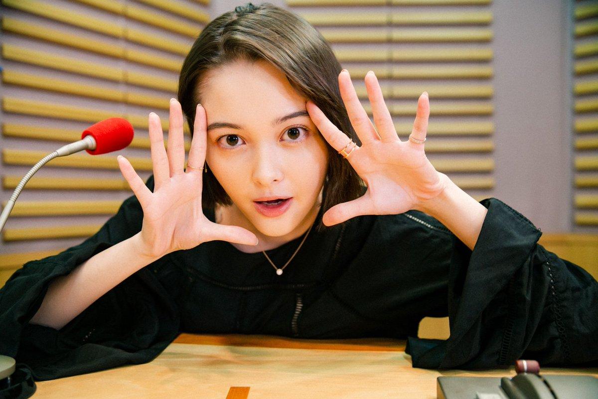 #たまぴよ の皆さん🐤おはようございます☀今夜の #たませか は19時10分から💕放送にちなんだプレゼント🎁もあるのでぜひ聴いてください🎧(プレセントの詳細は放送後に発表!)番組は #radiko で聴ける📻📱スマホ→💻PC→#玉城ティナ #jolf