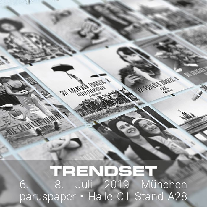 """Unsere neuen #Postkartensets """"Die Goldenen Zwanziger"""". Schaut sie Euch an auf der #trendsetmünchen Halle C1 Stand A28. Unsere Kooperation mit @ullsteinbild.  #postkartenverlag #messe #münchen #postcard #roaringtwenties #diegoldenenzwanziger #schwarzweisspic.twitter.com/0FQz9sfdCE"""