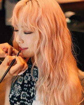 [TỔNG HỢP] Bài đăng Instagram của Taeyeon D-18YHBUcAAS-N4?format=jpg&name=360x360