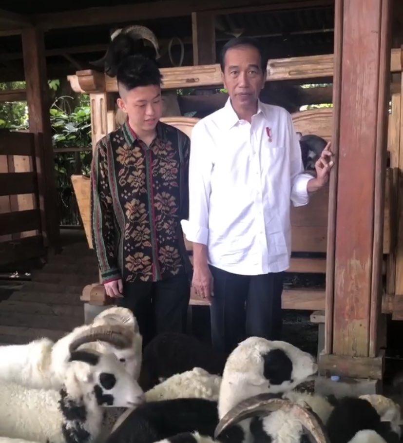 Jokowi dan Rich Brian