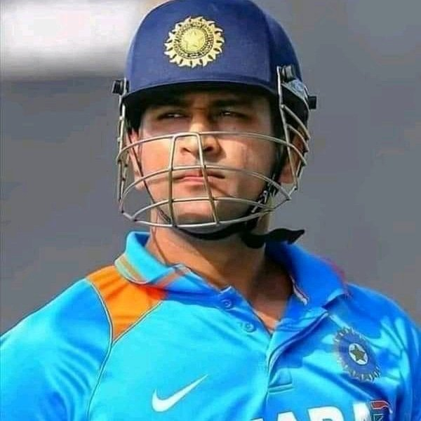 Many many Happy returns of the day captain cool😘😘😘😘😘