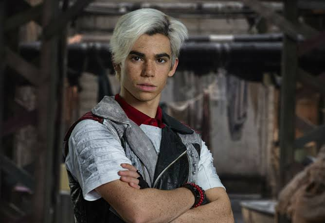 """Actor Cameron Boyce, known for his roles in the Disney Channel franchise """"Descendants"""" and the TV show """"Jessie,"""" has died. He was just 20 years old. #RIPCameronBoyce"""