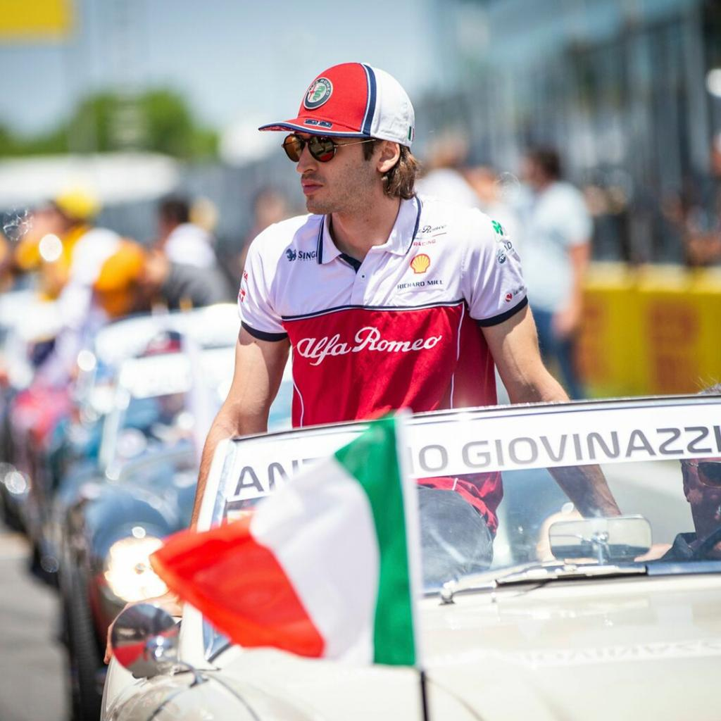 At 12.15 today, we'll have F1 Driver @Anto_Giovinazzi at the #GoodwoodFestivalOfSpeed Alfa Romeo Stand for a meet and greet. If you're around, come over and pay us a visit. #AlfaRomeo #LaMeccanicaDelleEmozioni