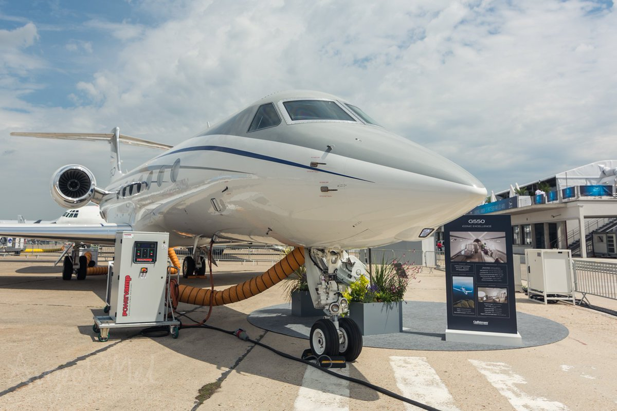 The stunning @GulfstreamAero #G550 plane on display at Paris Airshow in June 2019 @salondubourget #avgeek #aviation #bizjet #pas19 #gulfstream #luxuryaviation