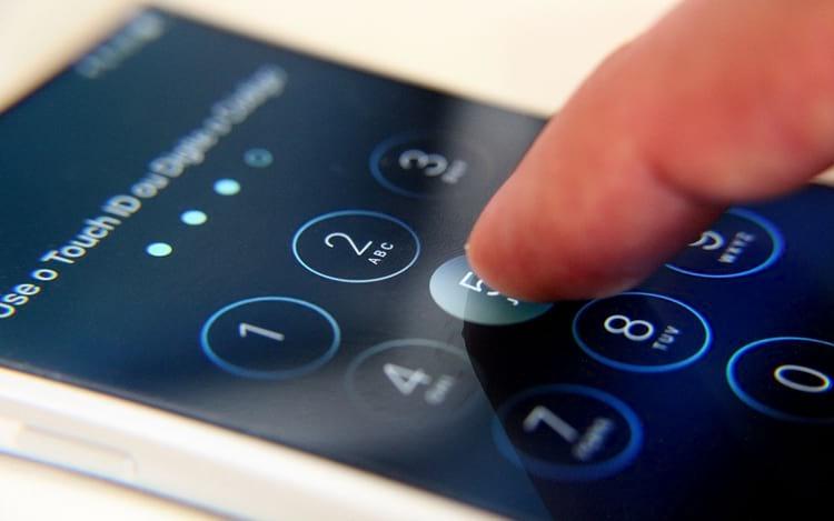 Como mudar a senha do seu iPhone ou iPad para alfanumérica e deixar mais seguro? -> https://www.oficinadanet.com.br/iphone/23297-como-criar-uma-senha-segura-para-seu-iphone-ou-ipad?utm_source=twitter&utm_medium=twitter&utm_campaign=RedesSociais… #senha #iphone