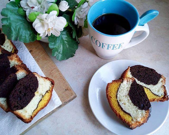 ❣️ Η νέα εμμονή είναι το τρίχρωμο κέϊκ! 😋 • • • #diaryofabeautyaddict #food #foodphoto #foodbloggers #foodphotography #foodblogger #instafood #greekblogger #instablogger #bloggerslife #elbeautythings  #picoftheday #instagood #blogger #greekyoutuber #youtuber #ellifeshare…