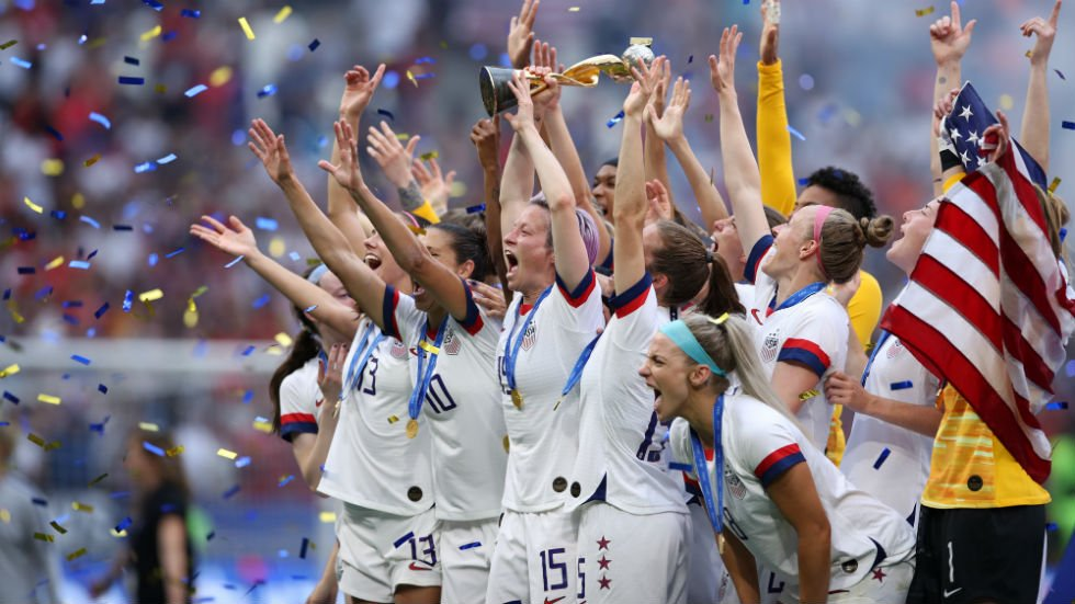 e916cff51b463 watch crowd chants equal pay after us women s soccer world cup victory