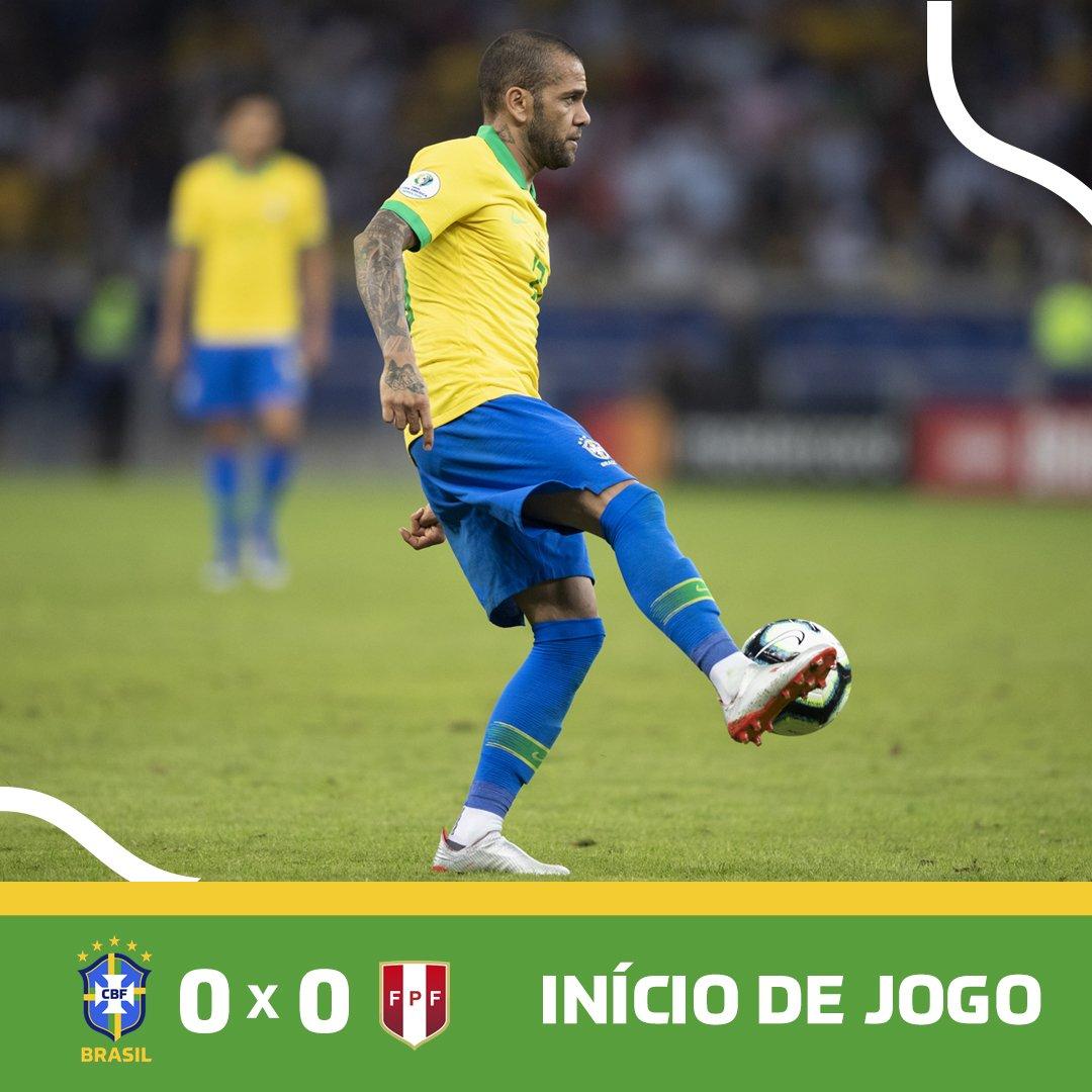 RT @CBF_Futebol: ROLOU A BOLA!  🇧🇷 0 x 0 🇵🇪 | #JogaBola #CopaAmérica #BRAxPER https://t.co/iDqBqPOE2L