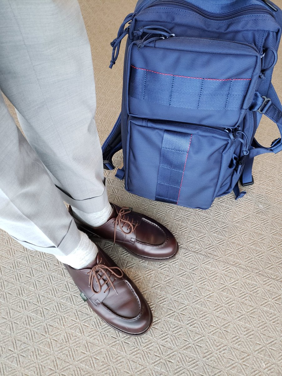 お手入れしたPARABOOTSと新調したBRIEFINGです。 ・ #paraboots #chambord #briefing  #neotrinityliner #パラブーツ #シャンボード #ブリーフィング #あしもとくらぶ #あしもと倶楽部 #革靴好きと繋がりたい #足元倶楽部 #靴磨き #革靴 #一生モノ #一生モノコレクター